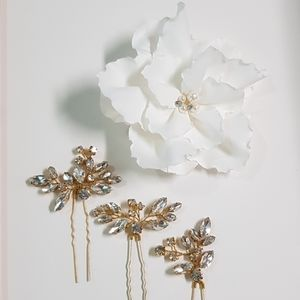 Wedding Flower Hair Clip and Crystal Pins 👰🏻